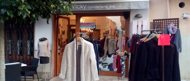 Einkaufen in Arta, VICKY Complementos